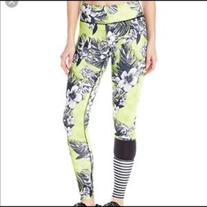 Jessica Simpson The Warm Up Floral Print Leggings